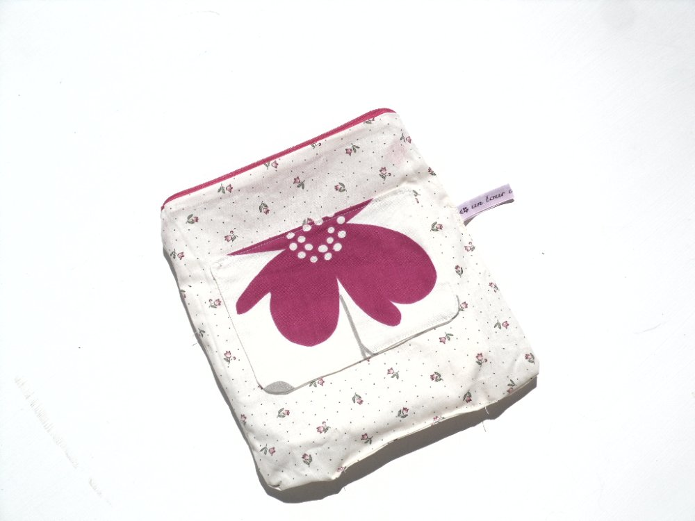 Trousse / toilette /maquillage / tissu / fleurs