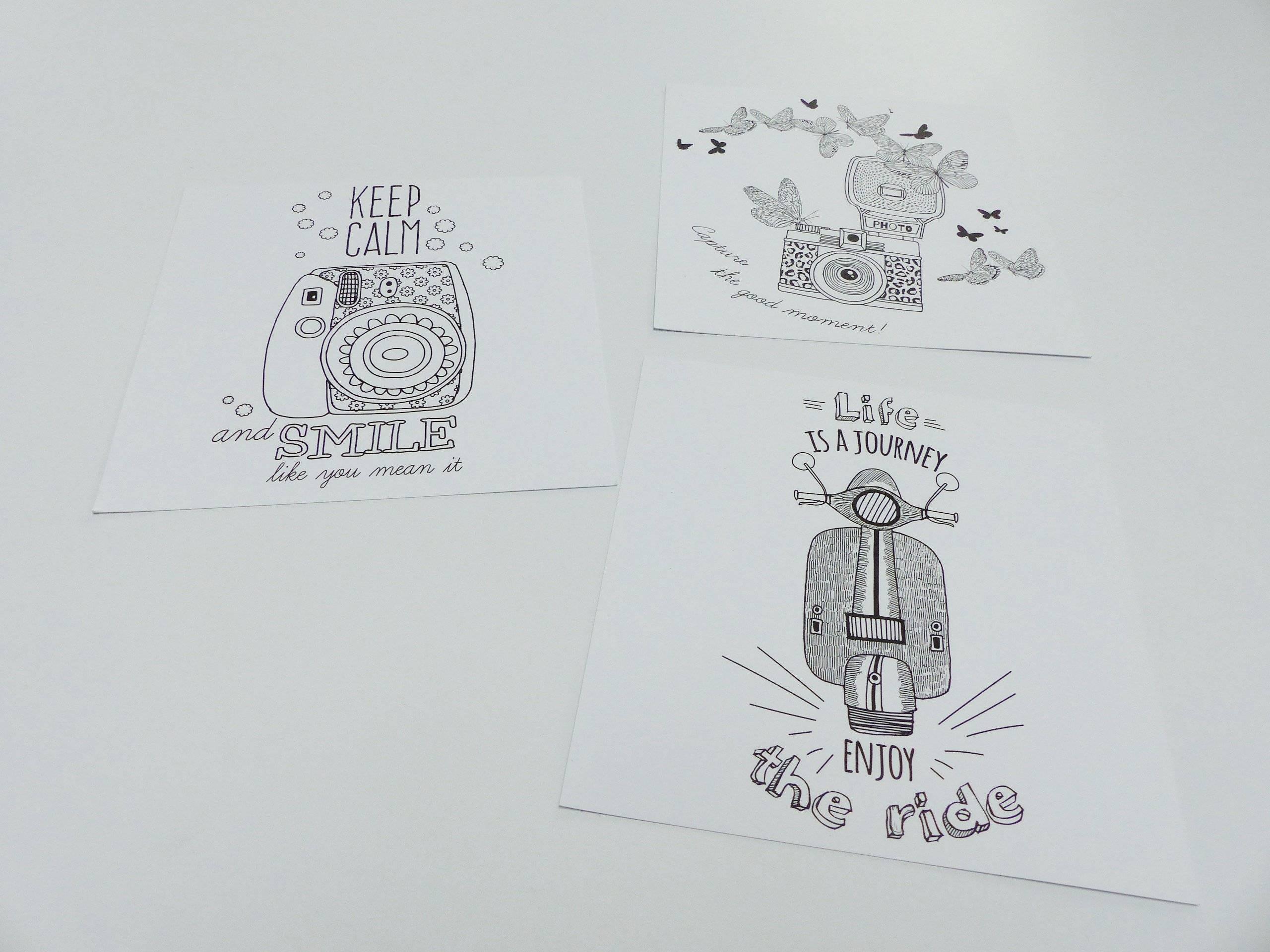 3 Cartes Postale A Colorier Appareil Photo Vacances Ete Vespa Scooter Smile Enjoy Coloriage Carte Carre 15 X 15 Cm 5 9 X 5 9 Inches Un Grand Marche