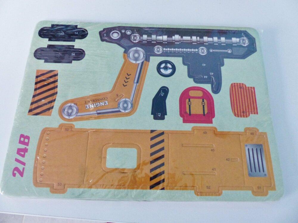 3D puzzle pelleteuse 32 pièces,  véhicule de chantier travaux construction en carton plume