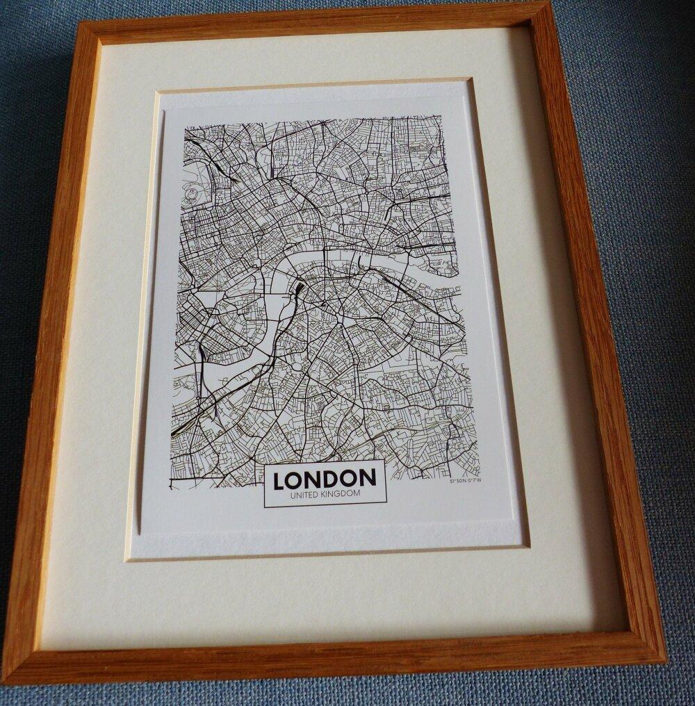 affiche LONDON United Kigdom plan de ville city map   13 x 18 cm 5 x 7  pouces  papier cartonné