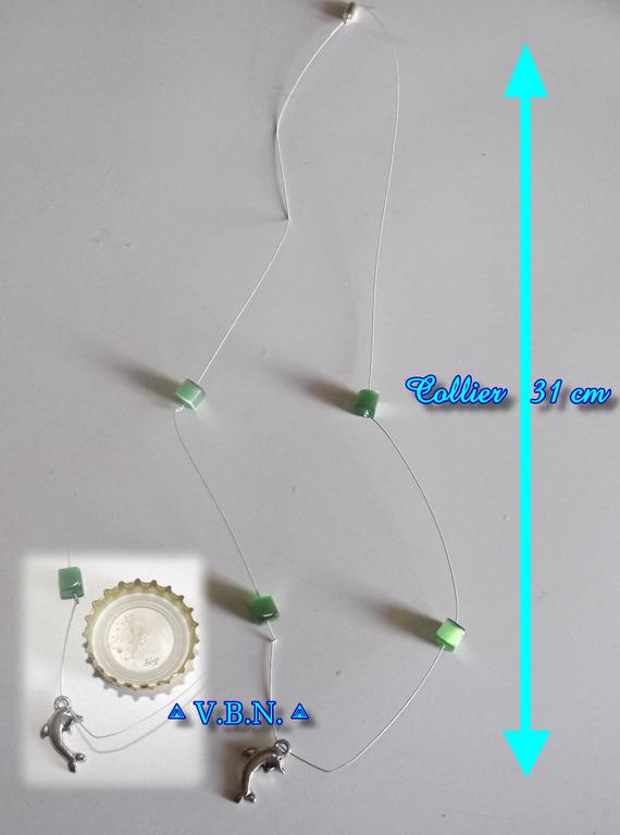 Collier cablé en perles verte carré
