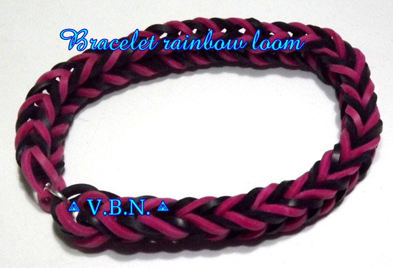 Bracelet élastique raimbow loom fait main noir et prune