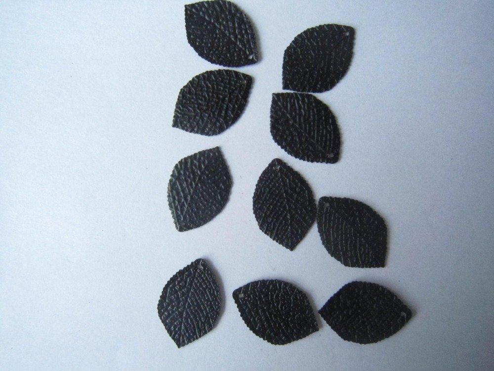 apprêts feuilles métal noir