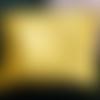 Pochette jaune multi usages
