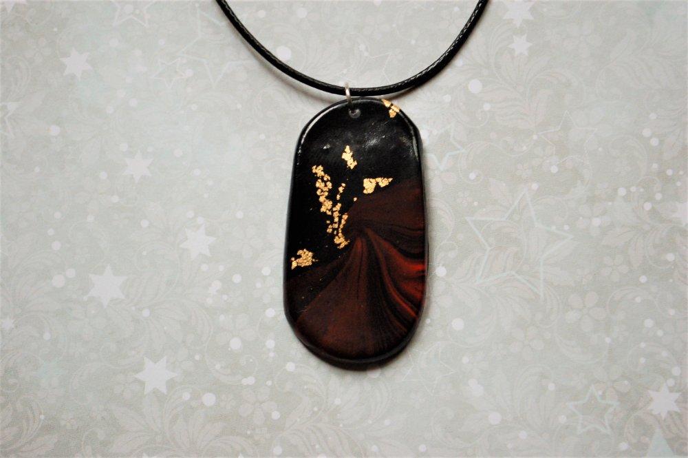 Collier pendentif Vésuve
