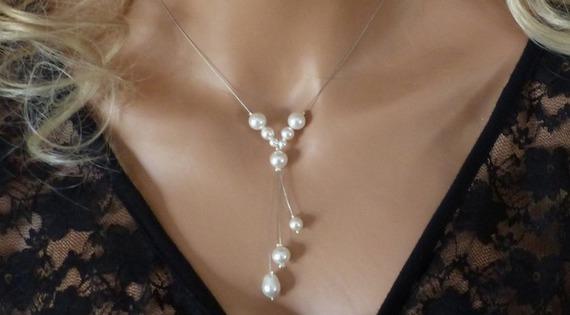 Collier mariage, bijou mariée, original , collier fantaisie, perles, tour de cou blanc , baptême, communion , collier