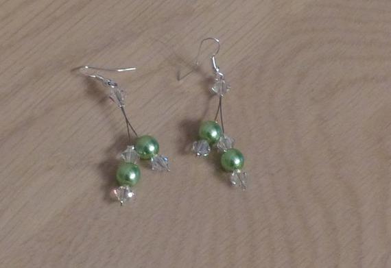 Accessoires mariage, mariée, boucles d'oreilles vert clair cristal, boucles d'oreilles pas cher, cérémonies, soirées