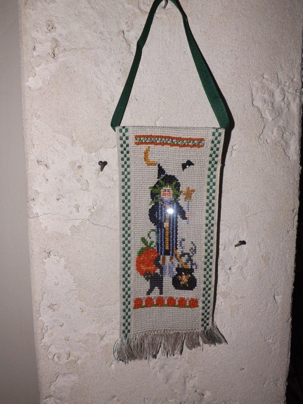 Bannière Autumn Medley - broderie point compté et perles faite main