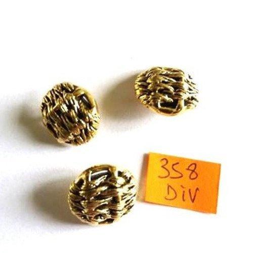 13 boutons résine doré anciens 1879D 15mm