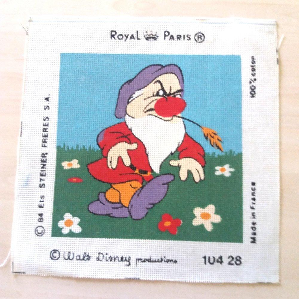 """1 canevas """"les 7 nains grincheux"""" - ROYAL PARIS - 29,5x29,5cm"""