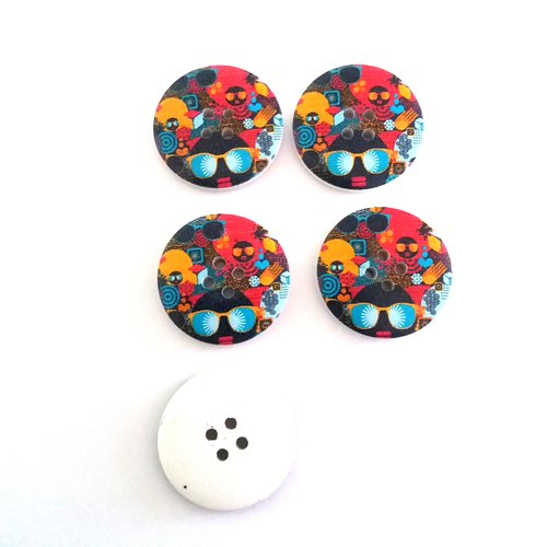 5 boutons fantaisies en bois multicolore - 30mm