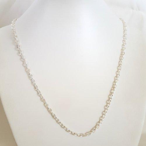 1 collier argenté en fer - 47cm