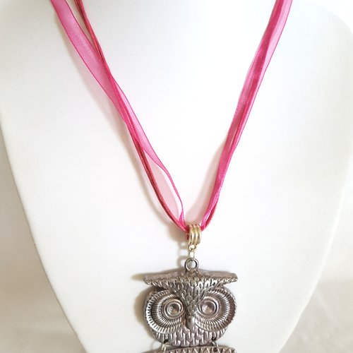 1 collier en coton et organza rose / fushia - 46cm