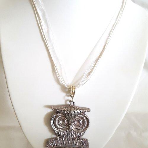1 collier en coton et organza blanc - 46cm