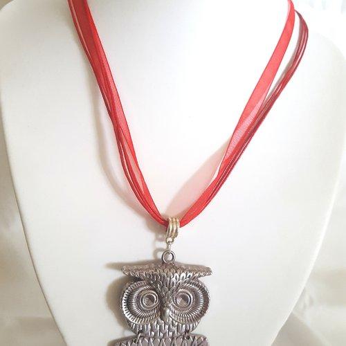 1 collier en coton et organza rouge - 46cm