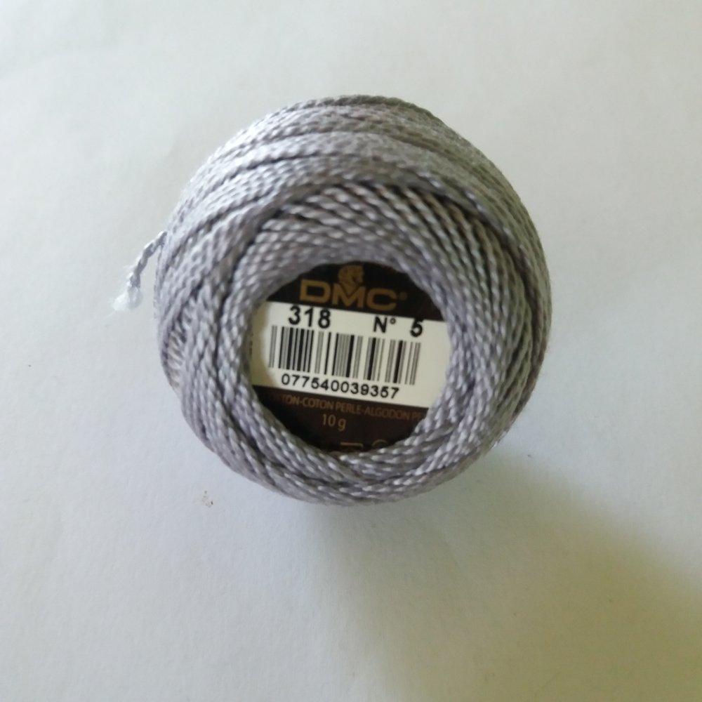 1 bobine de coton perlé gris / bleu n°5 - col.318 - DMC