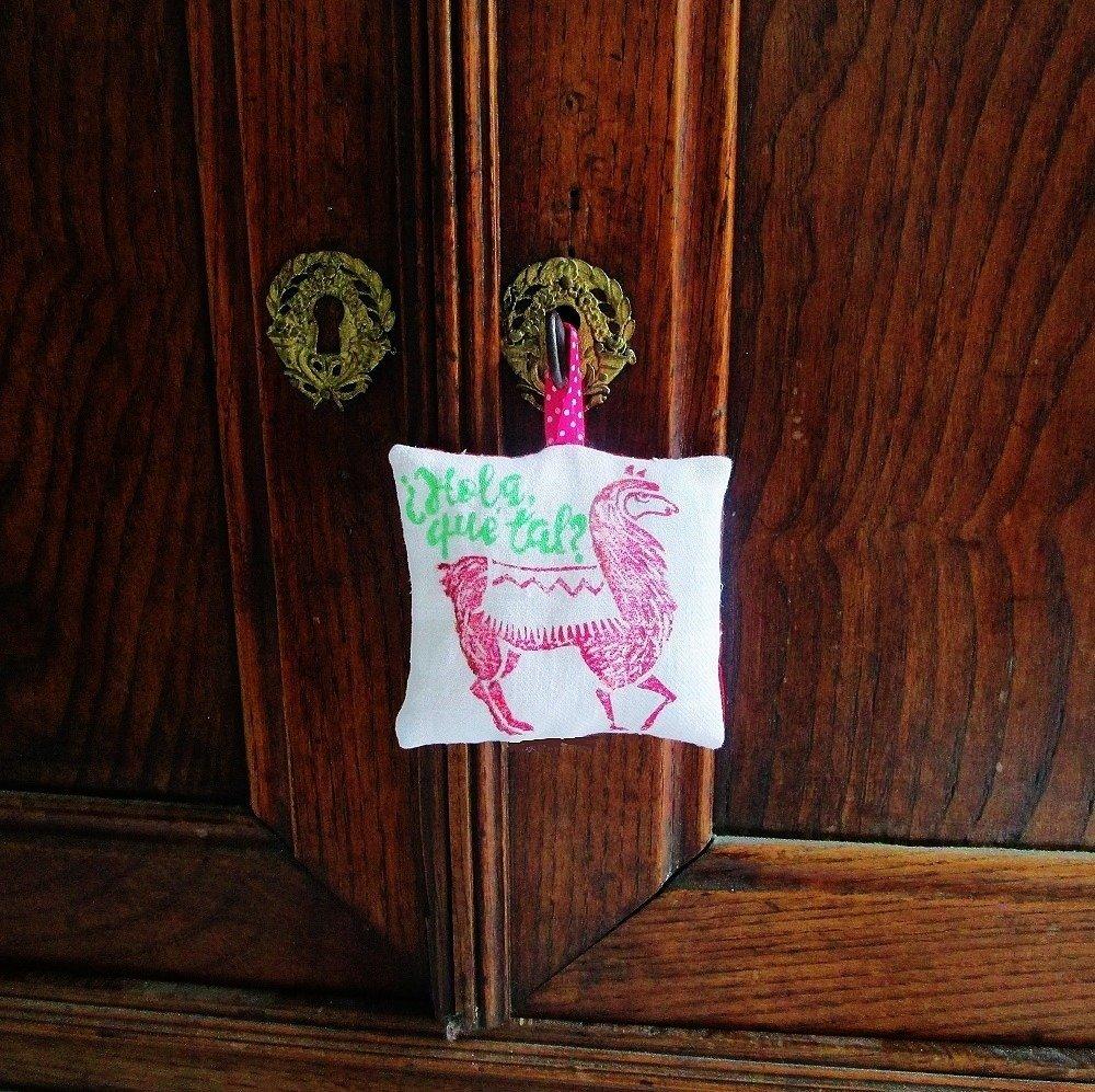 Coussin de porte, plaque  , lama, imprimé à la main, décoration murale, plaque de porte, décoration de m