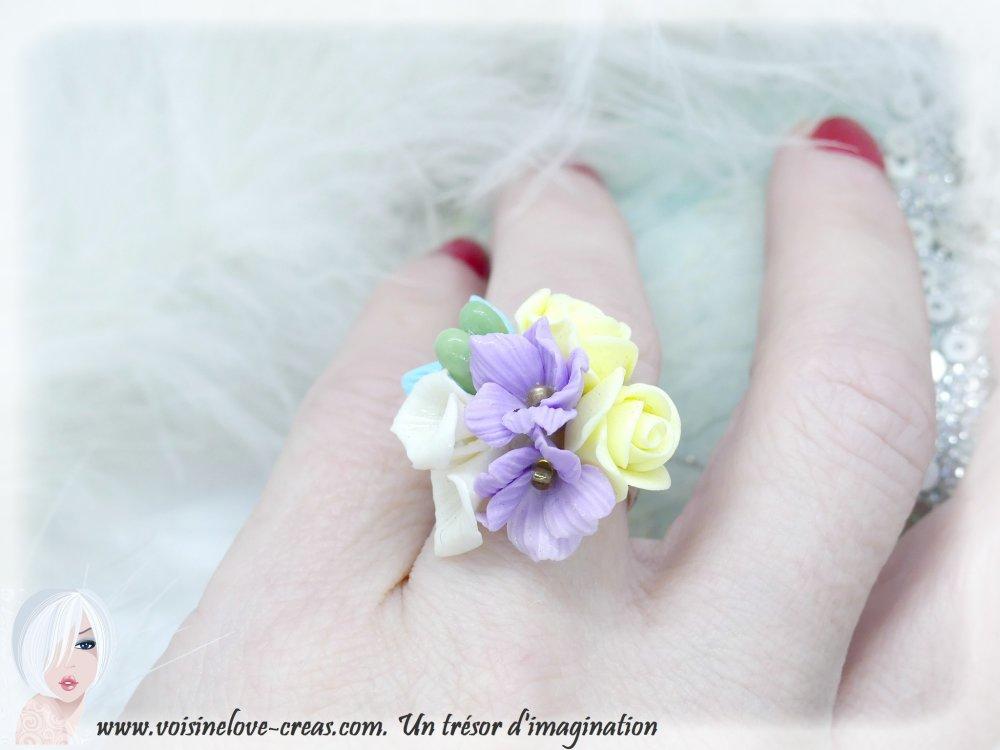 Bague floral jaune et mauve porcelaine froide kawaii