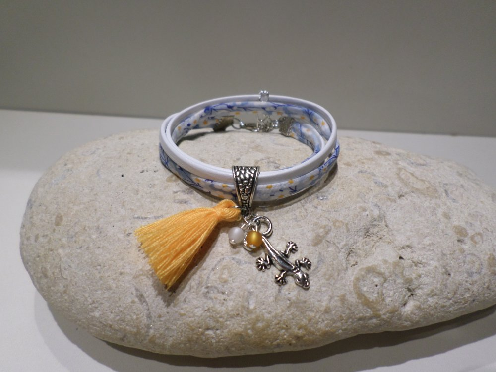 bracelet fille enfant salamandre cuir blanc liberty fleuri bleu pompon jaune bijou cadeau