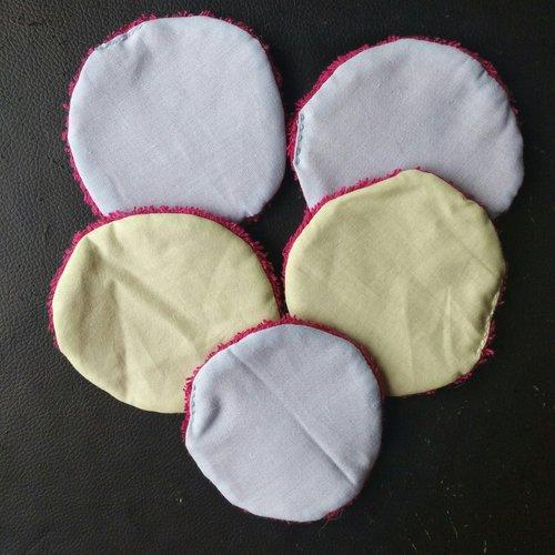 Lot de 5 disques démaquillants dont 3 bleu/rose et 2 vert/rose