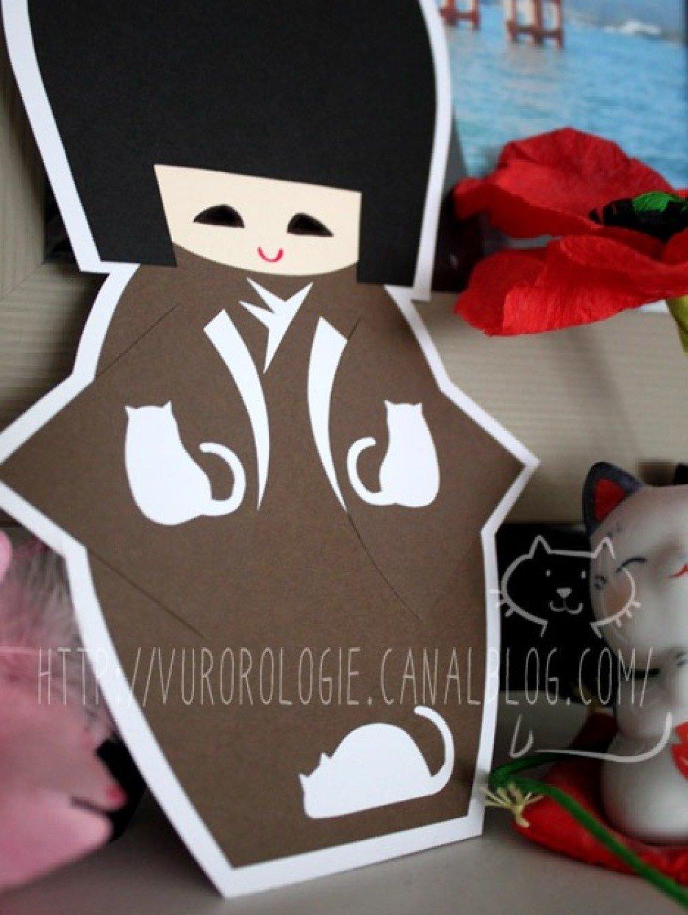 Carte kokeshi et son kimono de jolis chats