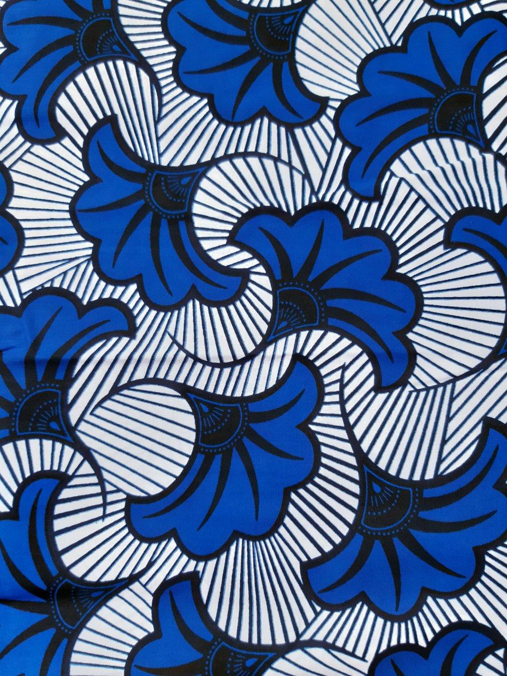 Tissu wax - par 50 centimètres - fleurs de mariage bleues sur fond blanc - 100% coton - Tissu africain - pagne
