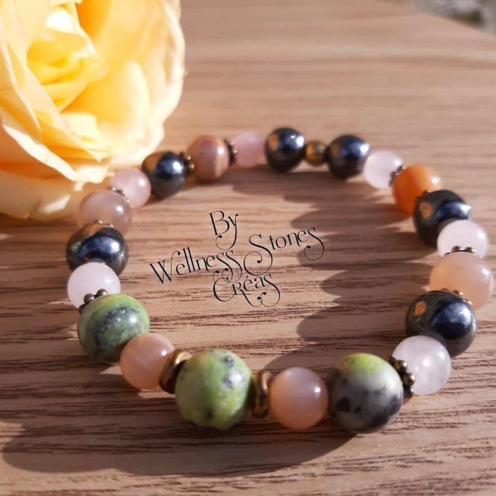 """Bracelet en pierre naturelles """"accompagnement grossesse"""" pierre de lune, chrysoprase, hématite, quartz rose"""