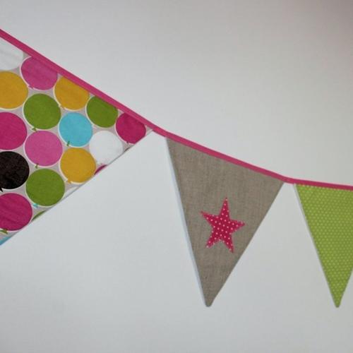 Guirlande de fanions - thème ballons - biais rose clair