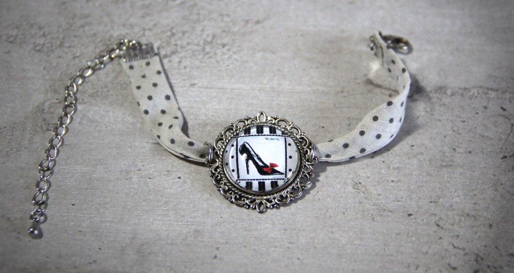 Bracelet cabochon 20mm tissus liberty pois chaussure ecru