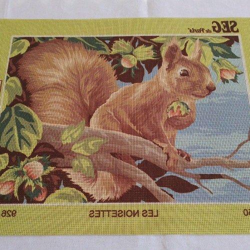 Canevas toile pénélope écureuil animal ref 926.335 seg de paris