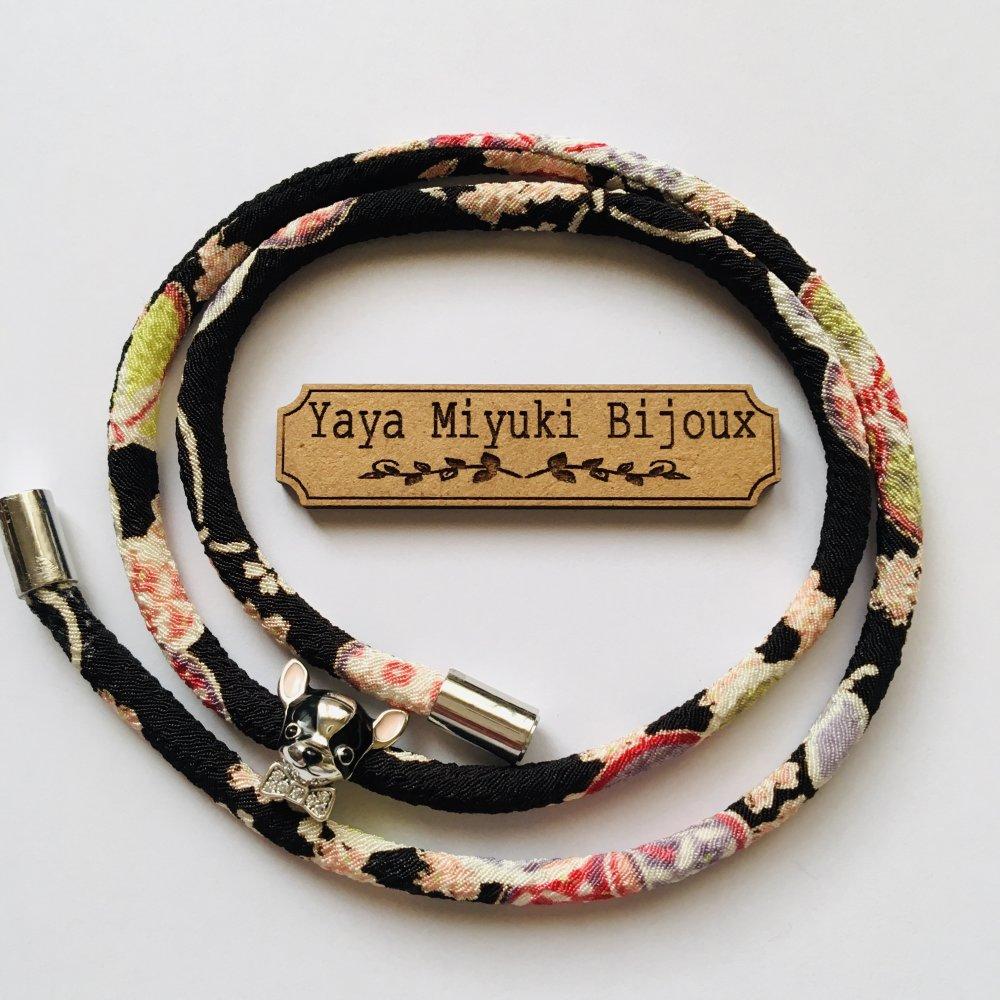 Bracelets fantaisie en cordons japonais Chirimen / Breloques