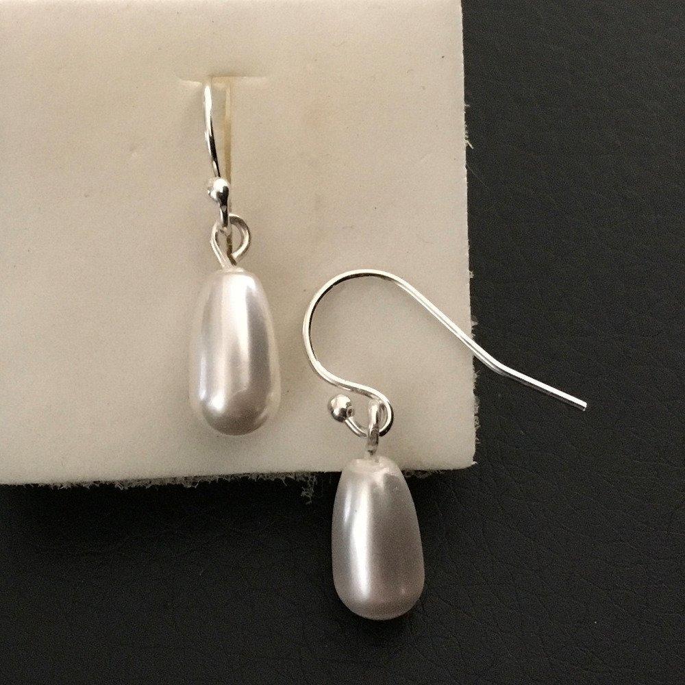 Boucles d'oreilles argent 925/000 pendant goutte blanche nacrée en cristal Swarovski