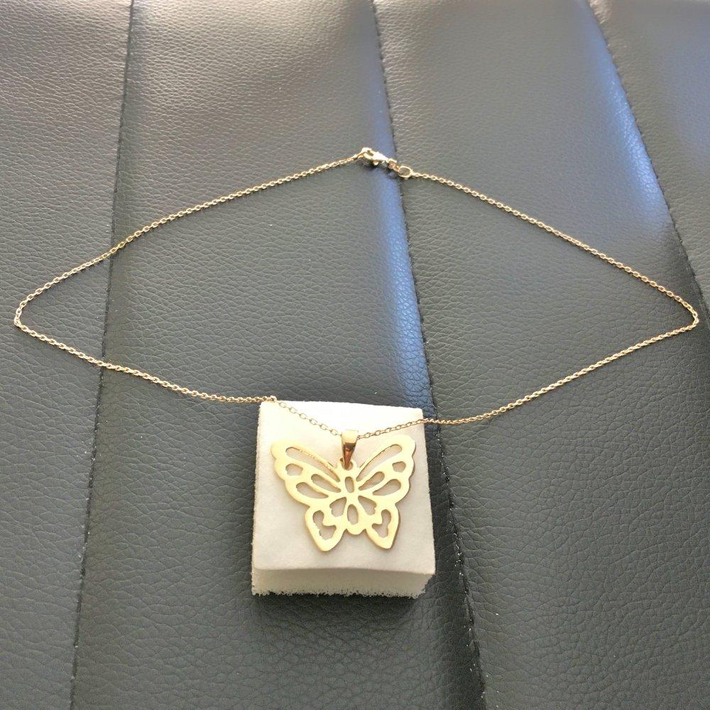 Collier pendentif papillon en plaqué or 18 carats sur belle chaine 45 cm plaqué or 18 carats