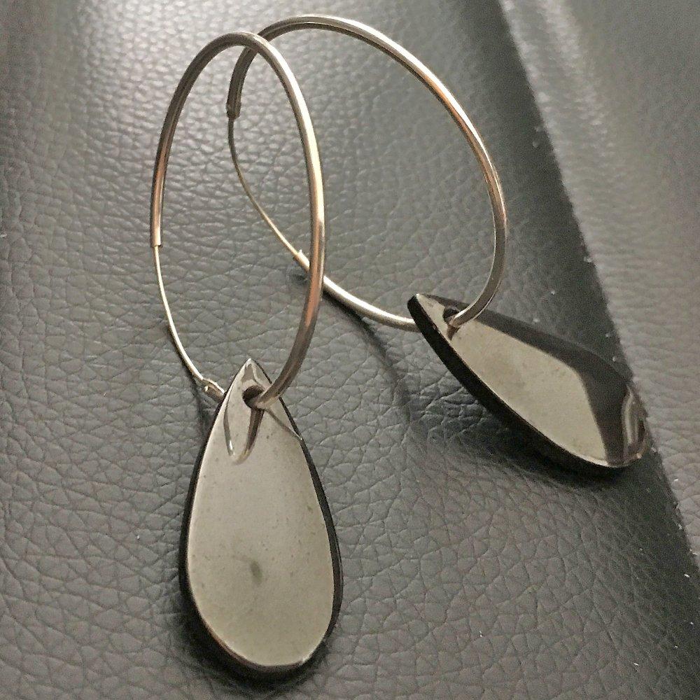Boucles d'oreilles créoles en argent 925/000 gouttes hématite pierre naturelle
