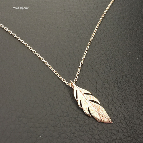 collier or plume