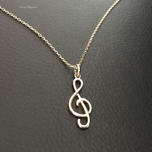 collier homme musique