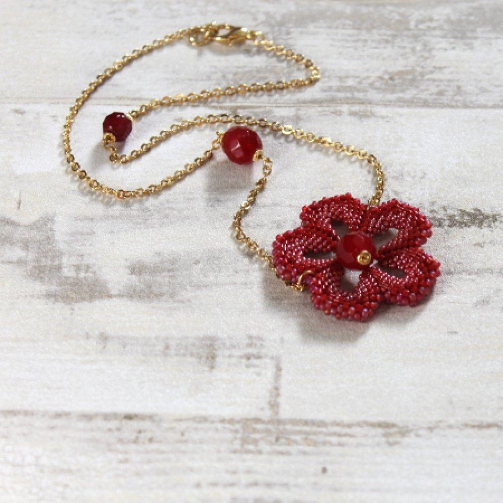 """collier """" Fleur rouge """""""