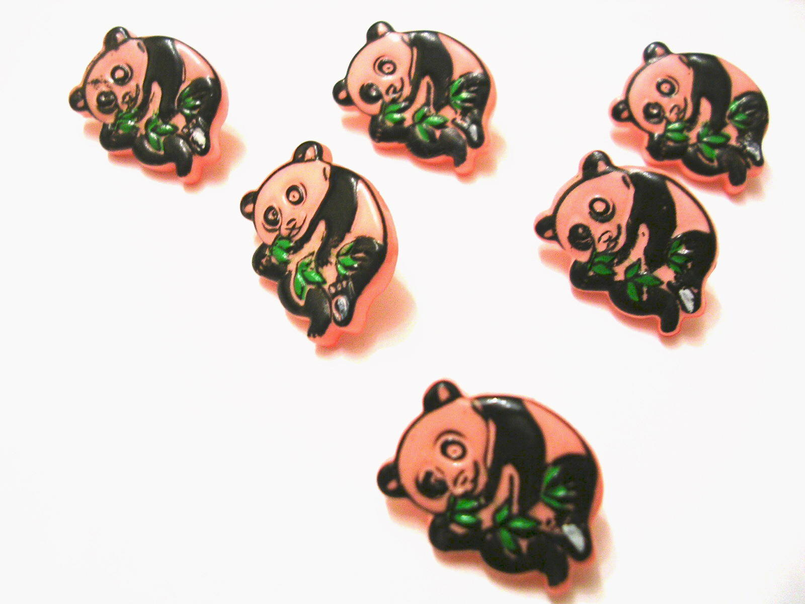 LOT 6 BOUTONS : panda rose/noir 15mm