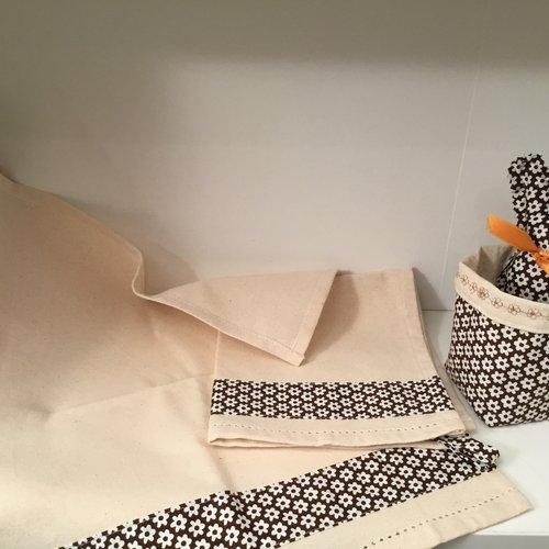 Lot de 2 serviettes d'invités pour pâques.