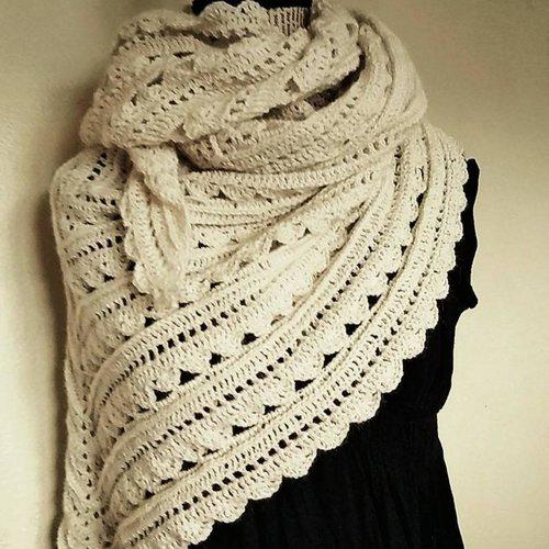 Châle étole écharpe chunky blanc pure laine alpaga ajourée avec relief femme