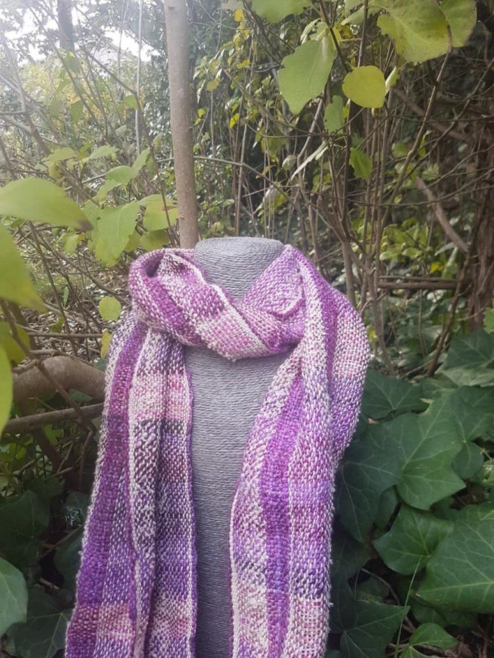 Tissage bohème coton biologique et laine teinte et filée à la main