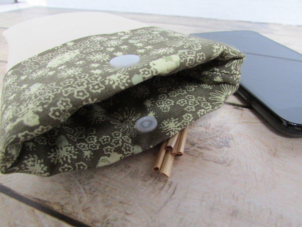 Pochette pour téléphone mobile, Etui pour gsm, housse molletonnée en simili cuir beige - 18 x 11 cm - 249