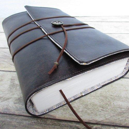 Protège livre, couverture format littéraire roman , couvre livre en tissu simili cuir brun foncé  -  433