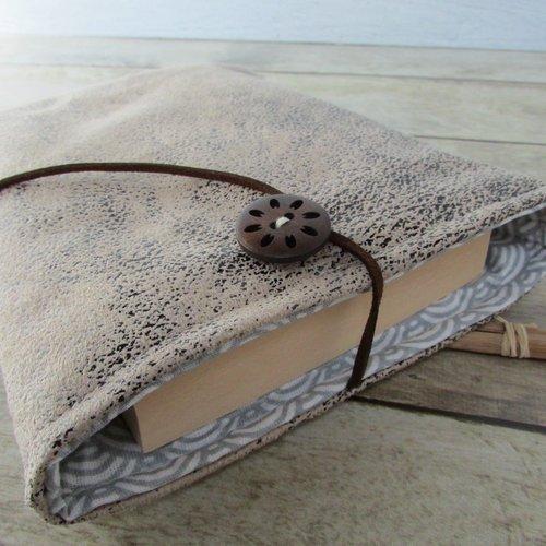 Housse protection livre format poche, étui livre en tissus  - 564