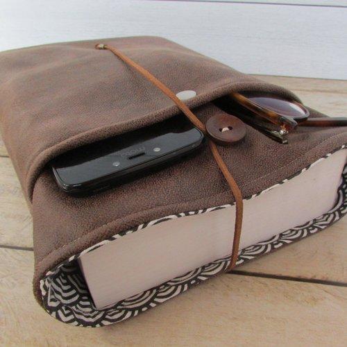 Protège livre à personnaliser, housse protection format broché tissus simili cuir - 446