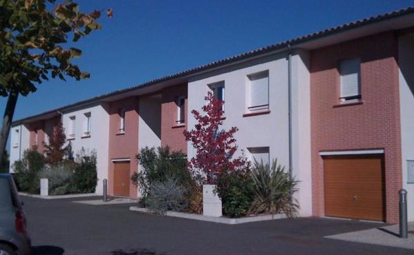 Location appartement 2 pièces 48 m² fenouillet 562 u20ac