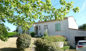 Maison 9pièces 154m² Saint-Georges-des-Coteaux