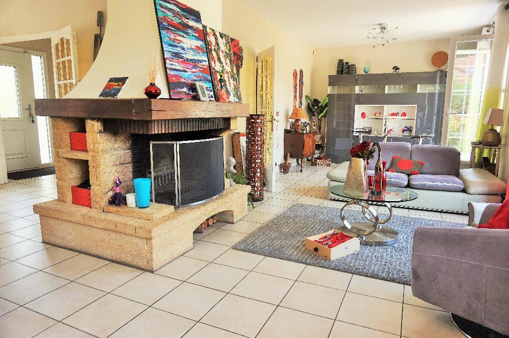 Maison a vendre houilles - 6 pièce(s) - 140 m2 - Surfyn