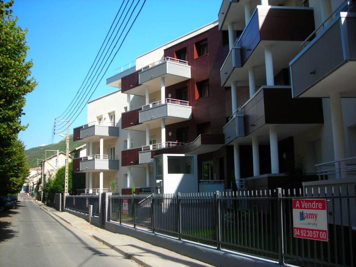 Achat immobilier digne les bains centre ville bourg