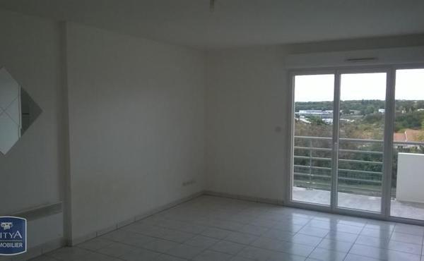 Location Appartement 3 Pièces 55 M² Bressuire 418